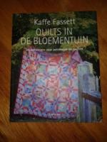 Quilts in de bloementuin